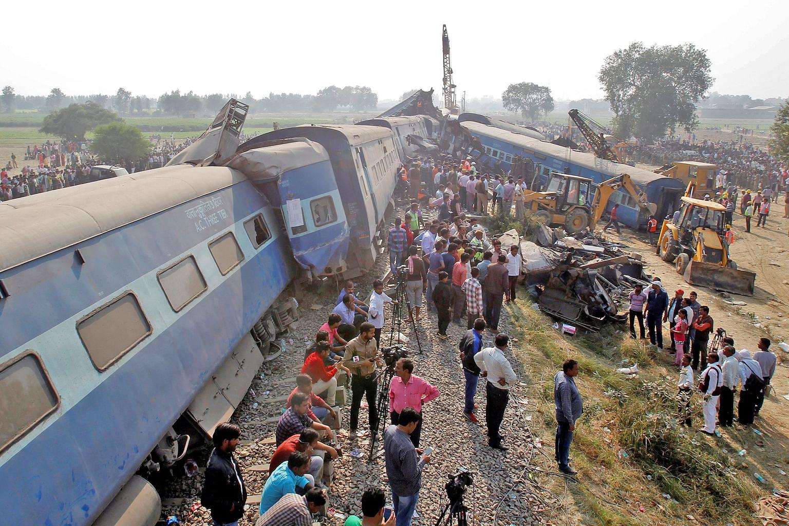 142 terkorban selepas kereta api tergelincir di Uttar Pradesh