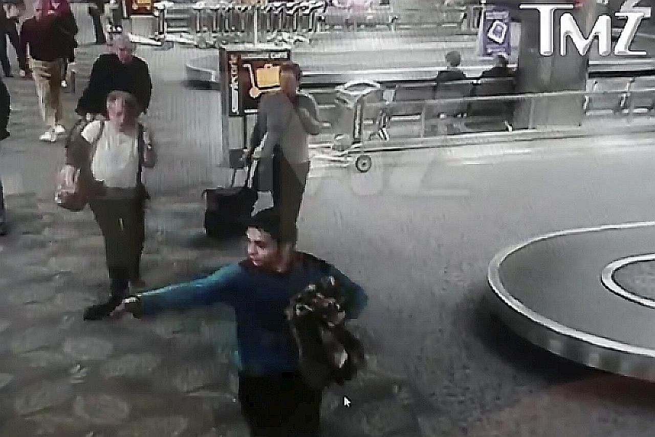 TEMBAKAN RAMBANG DI LAPANGAN TERBANG FORT LAUDERDALE Video tunjuk aksi suspek tembak mangsa