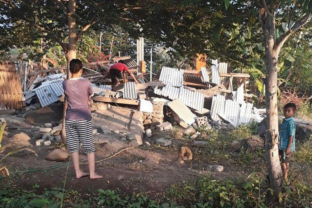 Malaysian climber crushed by pillar at Lombok homestay during quake
