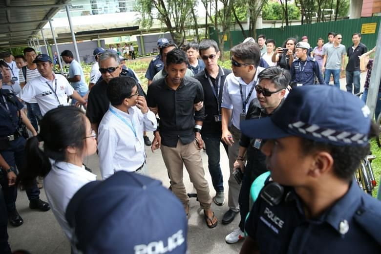 Former construction worker charged over Boon Lay pawnshop robbery attempt