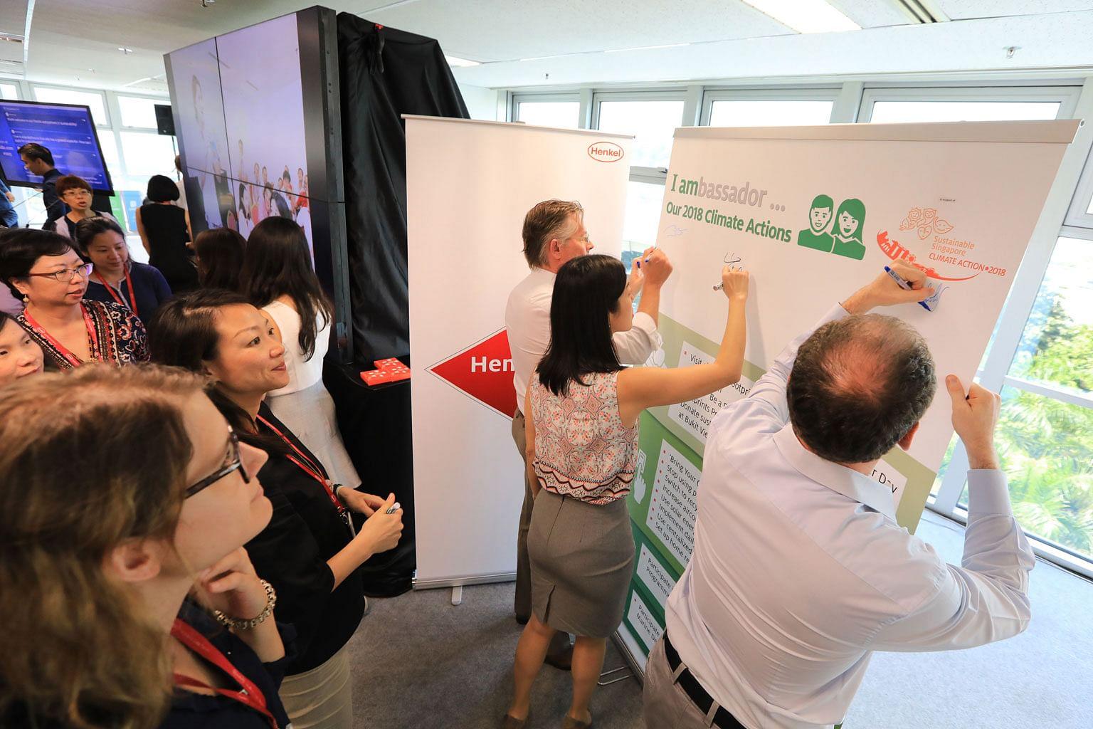 Kakitangan syarikat Henkel Singapore ikrar pulihara alam sekitar