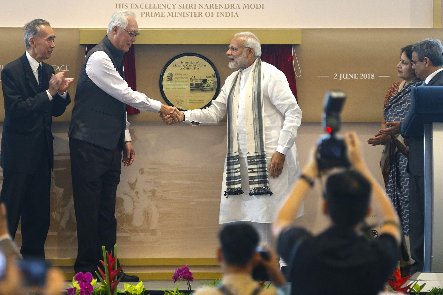 PM India hayati tempat beribadat pelbagai agama