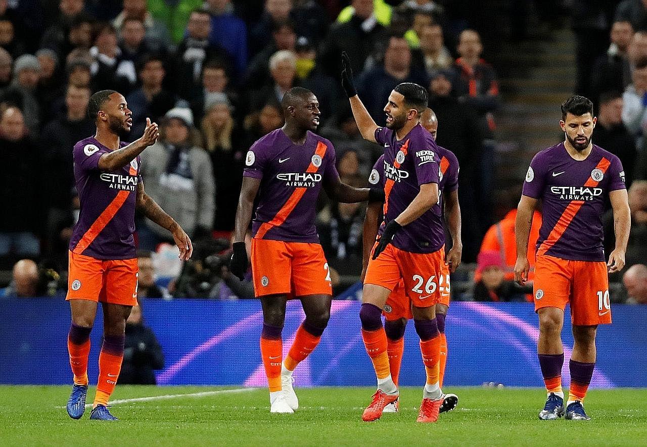 Guardiola: Nasib baik menang walaupun padang teruk