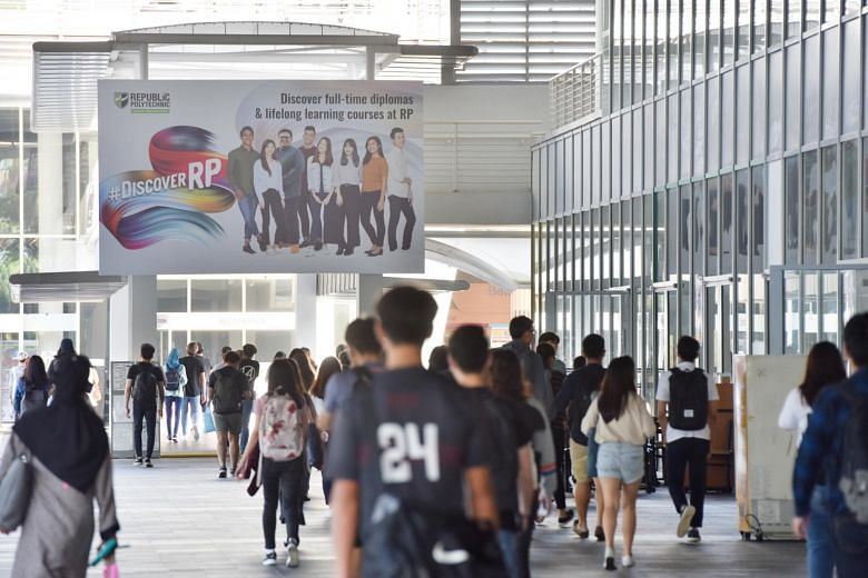 Fresh polytechnic graduates from 2018 have better employment and pay prospects