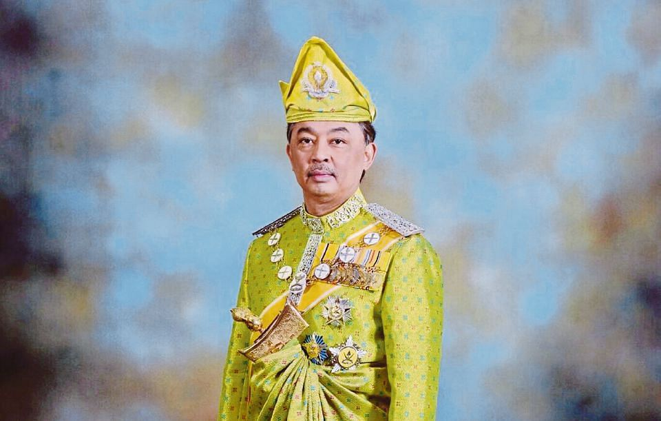 Sultan Abdullah ascends throne as sixth Sultan of Pahang in traditional ceremony