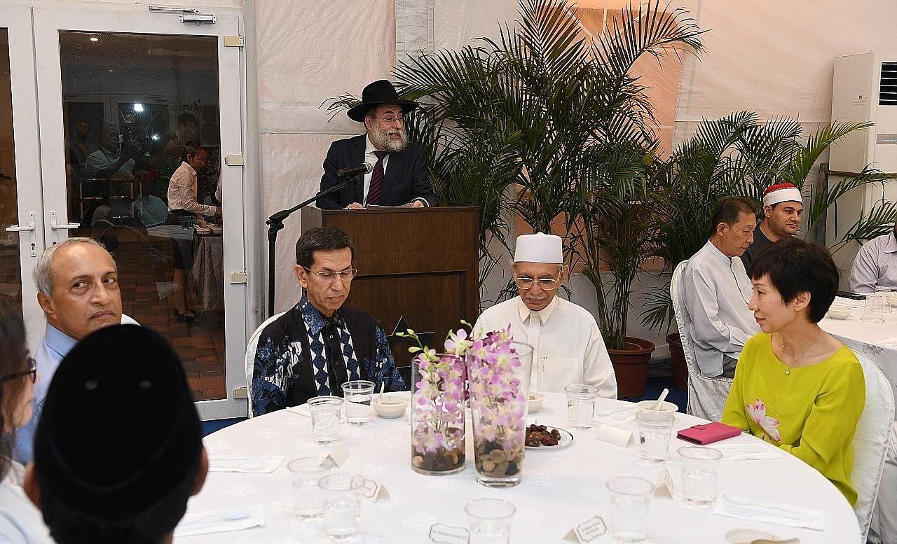 Lebih 100 pelbagai agama hadiri acara buka puasa