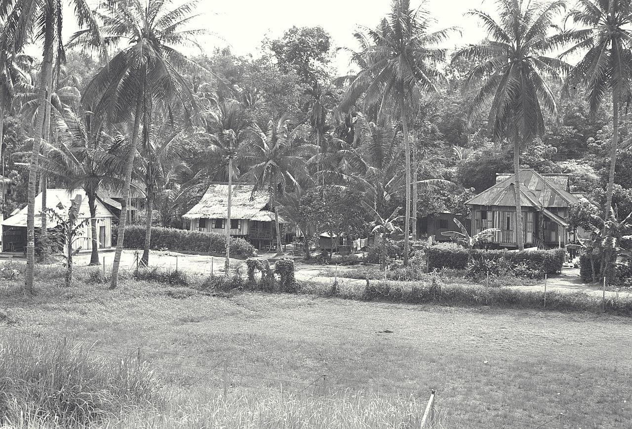 Padang bola tukar jadi 'kolam' di Kg Radin Mas