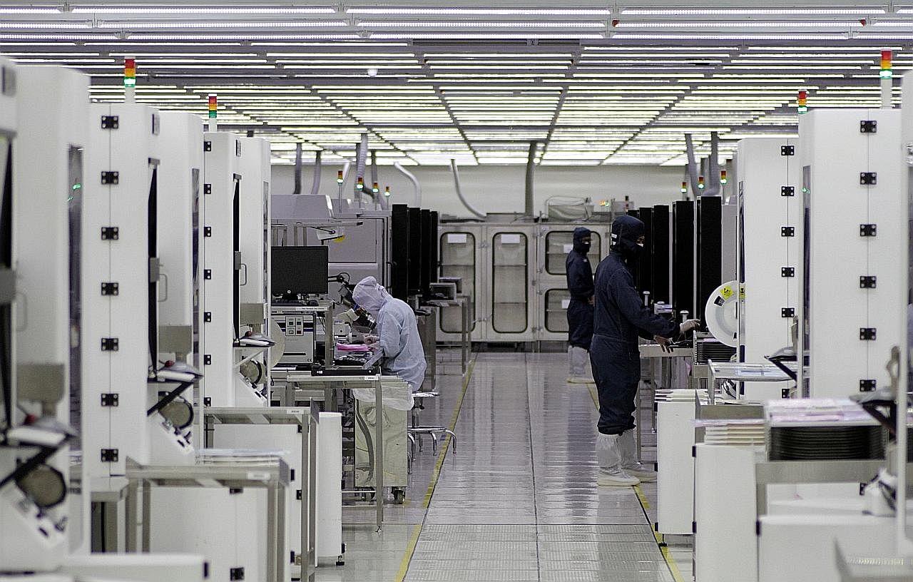 Chun Sing: Syarikat kini buat pelaburan berdasarkan bakat, bukan kos atau tanah USAHA TANGANI KEKURANGAN BAKAT DALAM SEKTOR TEKNOLOGI