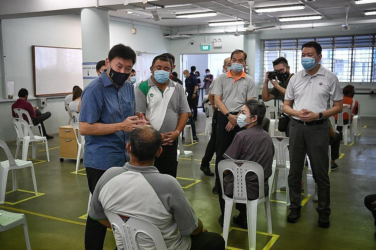 80,000 pekerja pengangkutan darat mula terima vaksin Covid-19 secara bertahap