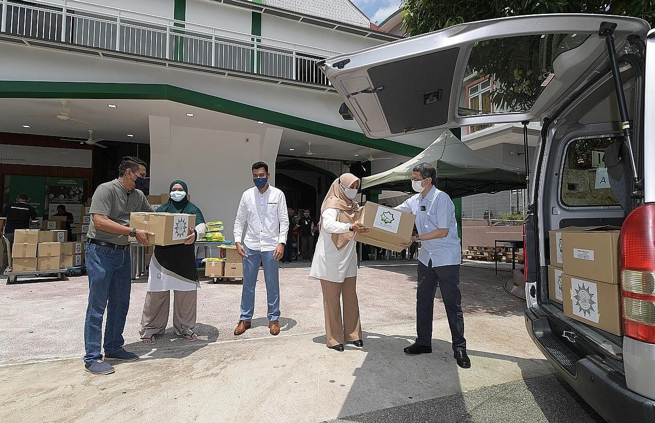 700 keluarga manfaat habuan agihan Muhammadiyah