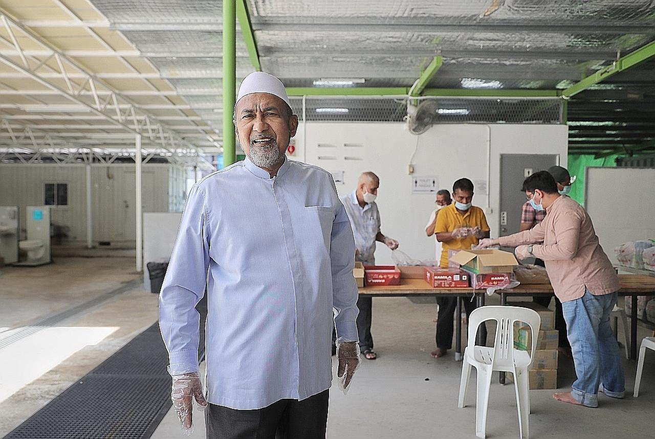 'Kisah Ramadan' Allaudin di Masjid Khalid