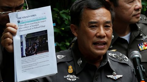 ROMPAKAN DI STANDARD CHARTERED BANK Buku nota suspek perinci rancangan larikan diri ke Chiang Mai, Dubai
