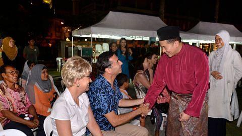 Pelbagai program meriahkan suasana rumah terbuka Raya Taman Warisan