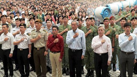 MAJLIS SAMBUTAN HARI KEBANGSAAN Berikrar pertahan kedaulatan Singapura