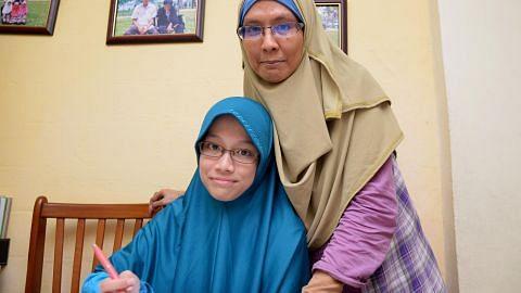 Anak ibu tunggal lega diberi bantuan
