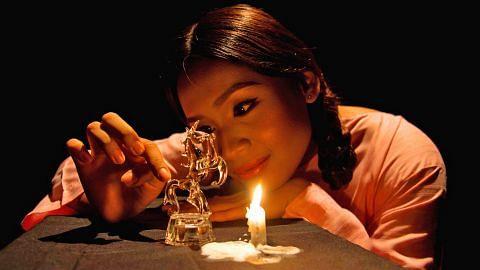 Bakat Farhana diuji dengan 'Perhiasan Kaca'
