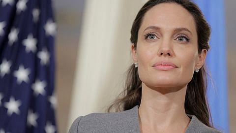 Peminat kelam-kabut dapat berita angin 'kematian' Jolie