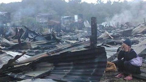 Rumah panjang di Sarawak dijilat api