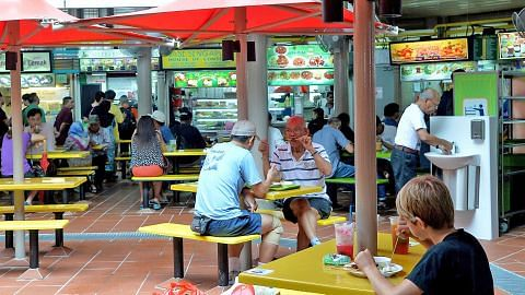 Pusat Makanan Adam Road dibuka semula