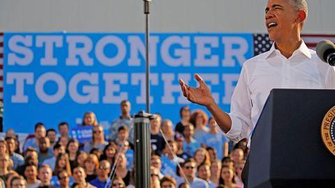 Obama bidas tindakan FBI berkaitan skandal e-mel Clinton