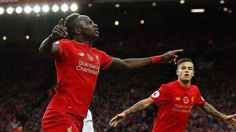 Awas, gergasi Liverpool mungkin takluki takhta