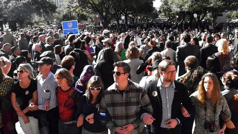 1,000 di Texas bantah dasar imigresen