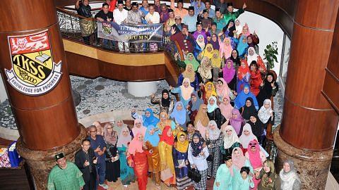 Penubuhan alumni Telok Kurau tambah pererat ikatan 'keluarga'