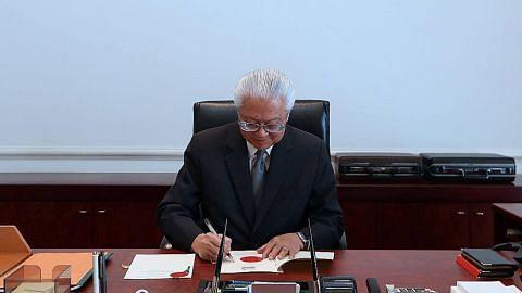 Presiden Tony Tan lulus Belanjawan