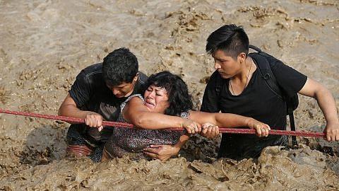 Lebih 60 maut, 70,000 hilang kediaman banjir di Peru