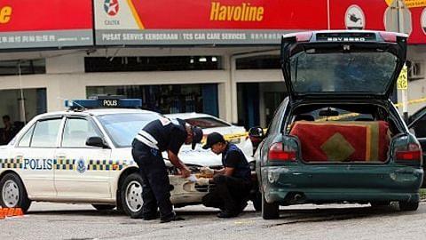 Pegawai polis cedera dirempuh kereta penjenayah di JB