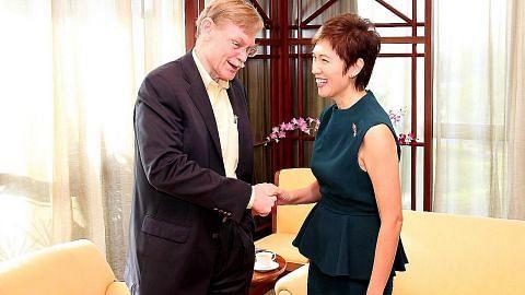Josephine Teo temu 'rakan lama' S'pura