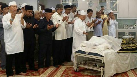 OTHMAN WOK 1924-2017 Ramai ziarah kediaman ucap takziah