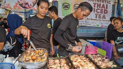 Bazar raya buka peluang kerja sambilan