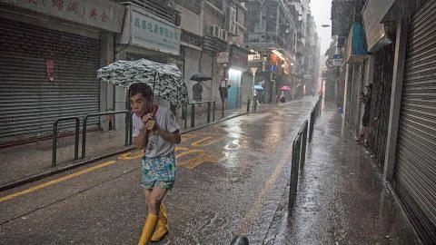 Hongkong batal 206 penerbangan