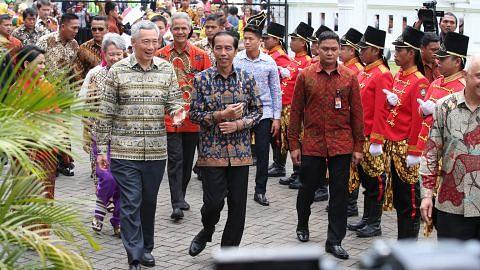 SAMBUTAN ULANG TAHUN KE-50 HUBUNGAN DUA HALA SINGAPURA-INDONESIA Kerjasama kukuh lambang keakraban dua negara