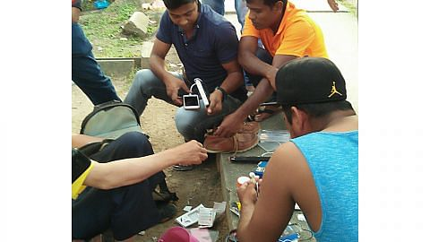 NEA bertindak ke atas 15 warga asing jaja makanan