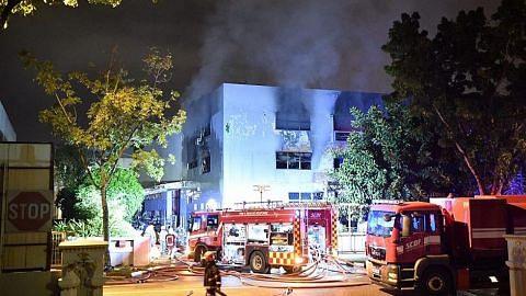Kebakaran gudang berlaku lagi di Sungei Kadut