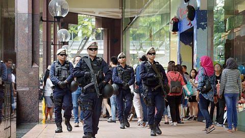 Polis tingkat rondaan di tempat ramai pengunjung