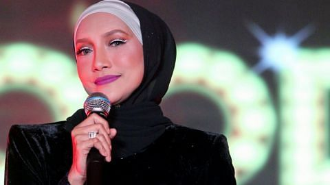 Ziana Zain, singer from Malaysia, divorced from her husband.