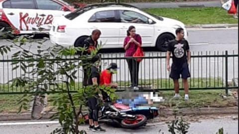 33-year-old man dies after crashing into road barrier in Tampines