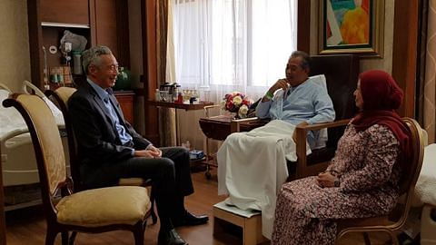 Prime Minister Lee Hsien Loong visits Malaysian Home Minister Muhyiddin Yassin in hospital