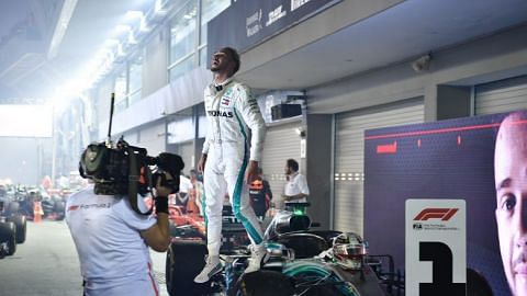 Lewis Hamilton wins Singapore Grand Prix, extends drivers' championship lead