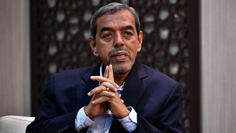Razak Maricar retiring, passing over Chief Executive role to Esa Masood