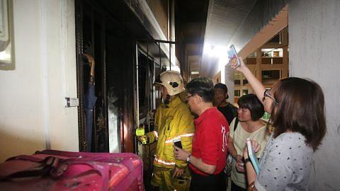 Mangsa kebakaran flat di Tampines St 83 dihulur bantuan segera