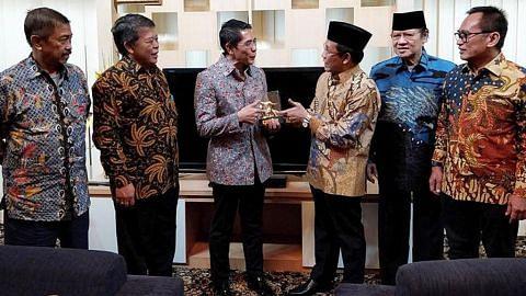Maliki temui pemimpin badan dan pelajar varsiti di Surabaya