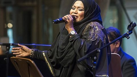 Suraya Hassan masih 'menyengat'