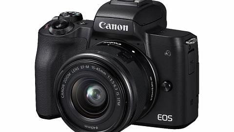 EOS M50 kamera tanpa cermin baru Canon