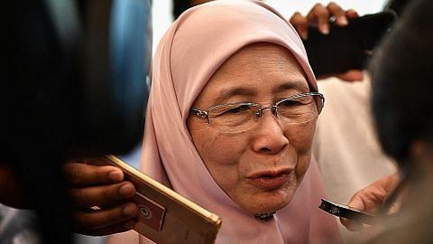 Mahathir: Agong sedia beri pengampunan kepada Anwar