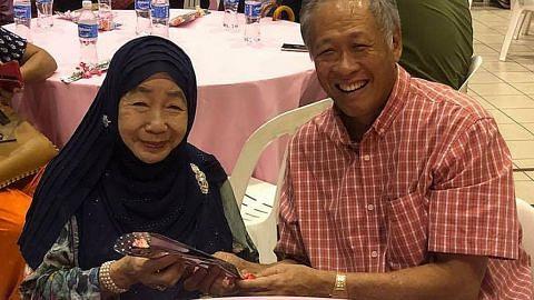 Puan Noor Aishah serikan Hari Ibu MAEC Toa Payoh