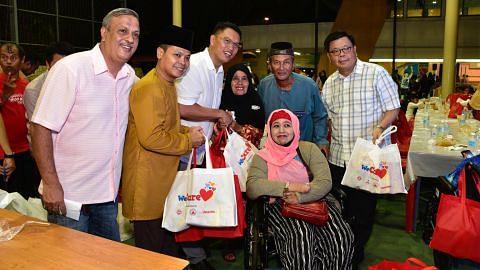 Semangat kampung di sesi iftar Boon Lay